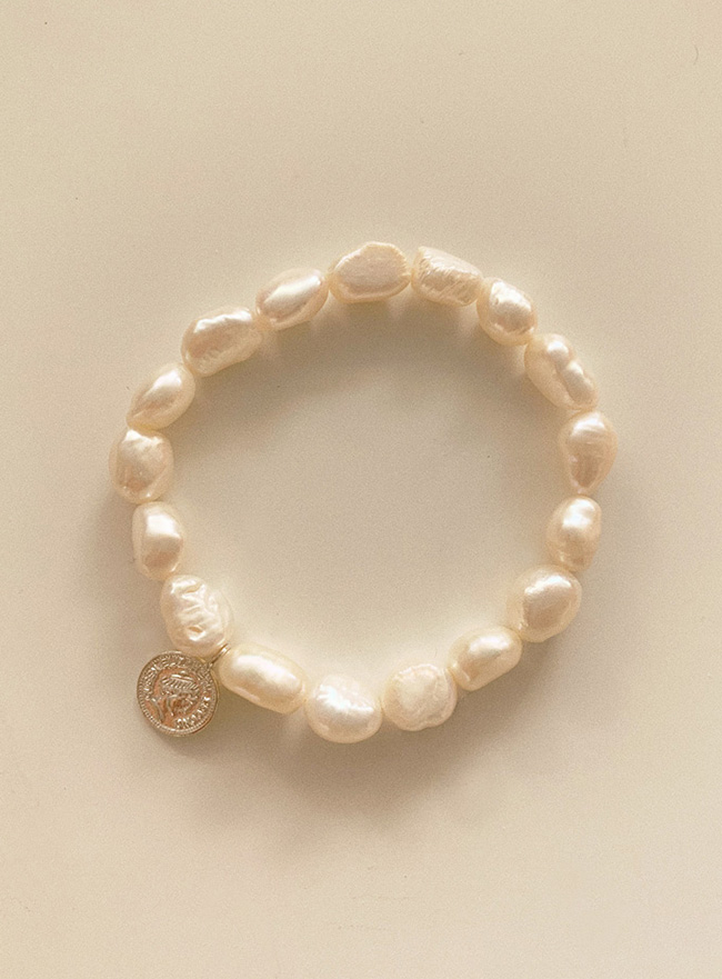(Silver 925) coin and pearl bracelet