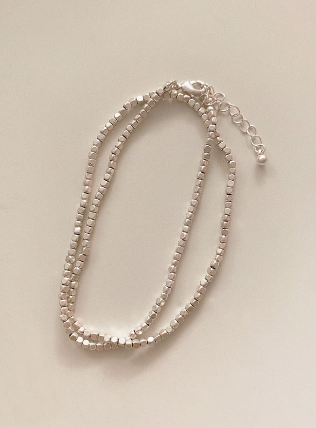 silver square ball necklace (Allergy free)