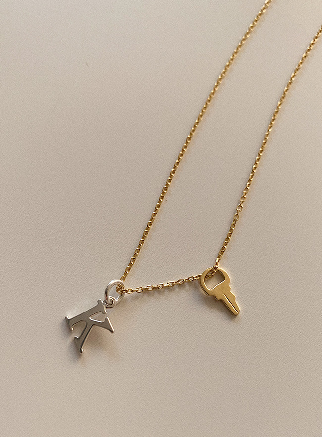 (Silver 925) your initial key necklace